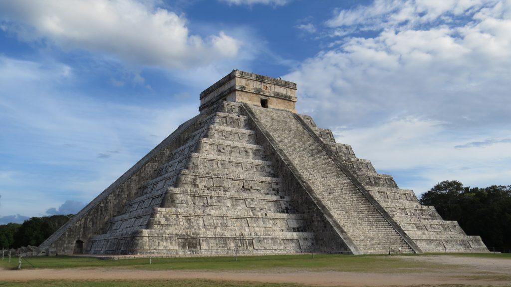 Chichén Itzá –                               Auf den Spuren der Maya